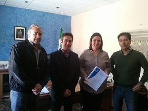 Diputación entrega un proyecto que beneficiará a 38.000 m2 de regadíos en Fines