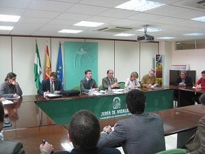 La Junta pide a Industria que reactive las primas a proyectos energéticos