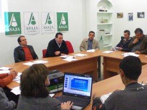 Asaja-Almería analiza en Roquetas de Mar el futuro del sector de las frutas y hortalizas a partir de 2014