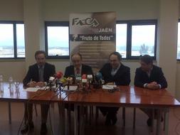 Faeca-Jaén traslada al subdelegado del Gobierno las principales problemáticas que afectan al sector agrario y cooperativo de la provincia