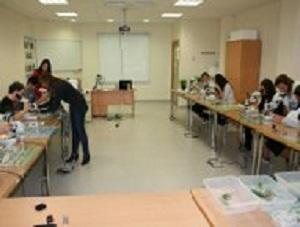 Alumnos de tres institutos de la provincia participarán en el 'Café con Ciencia', que celebra el Ifapa la próxima semana