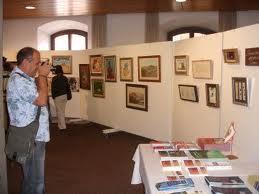 José Manuel Ortiz inaugura la exposición de pintura conmemorativa del 25 aniversario del Parque Natural Sierra María-Los Vélez