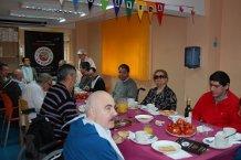 La IGP Tomate La Cañada prepara un desayuno saludable para los usuarios del Centro de Estancias Diurnas de Gravemente Afectados