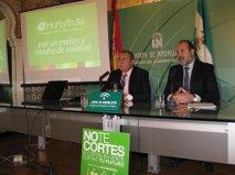 La Junta y Hortyfruta centrarán este año la campaña 'No cortes en verde' en la mejora del sabor del melón y la sandía
