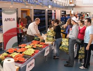 """200 personas participan en la jornada  de APROA sobre el consumo de los productos """"cardio saludables"""""""