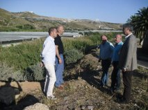 Enrique Hernando lamenta que el Consejero de Agricultura acuda a Adra y no aborde los problemas reales de nuestra ciudad