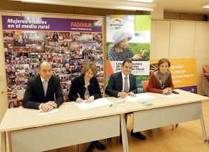 Fademur y Cajamar firman un convenio con líneas especiales de financiación para las mujeres rurales