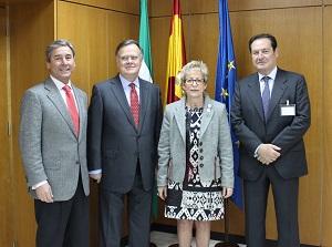 """La Junta valora el """"esfuerzo conjunto"""" con el sector para promocionar la aceituna de mesa en mercados internacionales"""