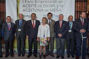 Elena Víboras anima al sector olivarero andaluz a aprovechar las oportunidades del mercado global para generar riqueza