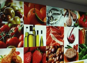 García Tejerina: La ley de la cadena alimentaria ha supuesto un avance sin precedentes en las relaciones entre los operadores