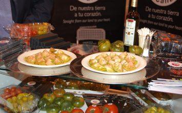 El tomate y el aceite de oliva son dos perfectos aliados frente al cáncer de colon