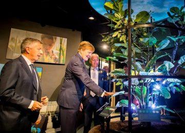 El Rey de los Países Bajos asiste a la celebración del 50 aniversario de Koppert Biological Systems
