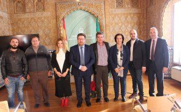 La primera OPFH nacional  con agricultores que venden en alhóndigas es de Almería