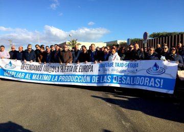 Los regantes exigen aprovechar al máximo la capacidad de producción de las desaladoras del sureste español