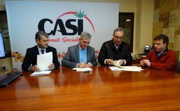 Investigadores de la Universidad de Almería realizarán una monografía de la historia de CASI por su 75 aniversario