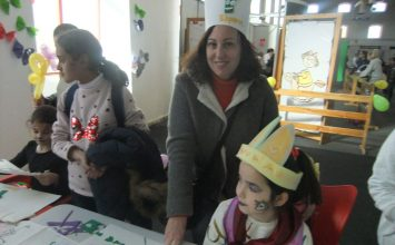 Las mascotas 'Olivia' y 'Esparri' triunfaron con los más pequeños en JUVEÁNDALUS