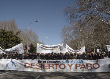 Los regantes se 'plantan' en Madrid para defender la Huerta de Europa