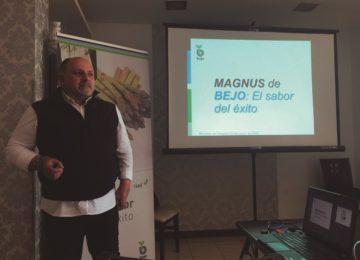 Bejo muestra el potencial de sus variedades de espárrago a los productores granadinos