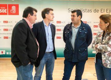 """El PSOE tilda la rebaja fiscal de """"caprichosa"""" y exige al Gobierno que la extienda al pimiento y el pepino de Almería"""