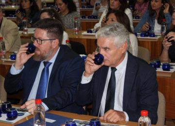 """Sánchez Haro defiende la """"fiabilidad y objetividad"""" del panel de cata de aceite de oliva, """"método oficial de análisis en la UE"""""""