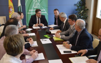 Cooperativas Agro-alimentarias de Granada traslada al consejero de Agricultura los retos del sector agroalimentario provincial