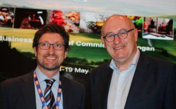 Dcoop acompaña al comisario europeo de Agricultura Phil Hogan en una misión comercial a China