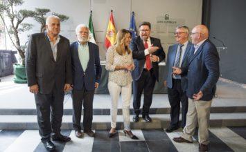 Susana Díaz apuesta por blindar los 1.700 millones que recibe Andalucía de la PAC