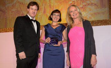 'Iniciativa Transparencia' de Bayer gana el Premio a Mejor Programa de Difusión Pública en los Premios Agrow 2018