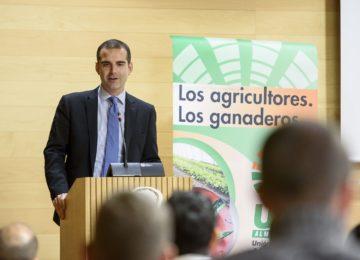 """El alcalde de Almería destaca el papel """"fundamental"""" de los jóvenes en la """"innovación"""" agrícola y ganadera"""