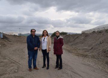 Níjar percibe el avance del plan de limpieza de plásticos del campo