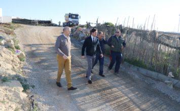 El Ejido mejora otro camino rural en el núcleo de Balerma