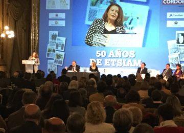 Carmen Crespo contará con la Universidad para impulsar el Plan Estratégico para la mejora de la Competitividad