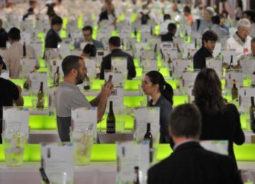 Unicaja Banco colabora un año más con la Feria Nacional del Vino, Fenavin