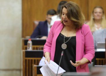 Carmen Crespo lamenta que hubiera más de 170 obras de infraestructuras hidráulicas sin inversión ni proyecto