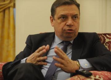 El ministro Planas subraya la necesidad de dotar de mayor transparencia y equilibrio a la cadena agroalimentaria