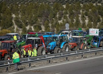 Mañana gran tractorada y manifestación en defensa del sector agrario en Granada