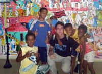 José María ha vuelto impresionado por lo visto en las favelas
