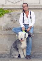 Garcés y su fiel perra Lola