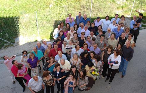 El numeroso grupo familiar posa para la posterioridad