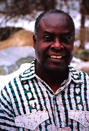 El profesor y escritor congolés Enmanuel Dongala