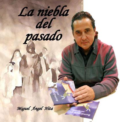 Montaje del autor con la portada de su segunda obra