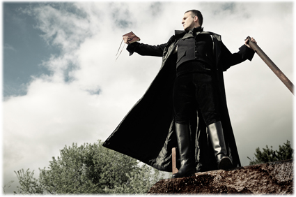 Victor Frankenstein, interpretado por José Antonio Riazzo Andreu