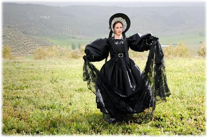 Mary Shelley, la autora de Frankenstein, interpretada por Cristina Carrascosa