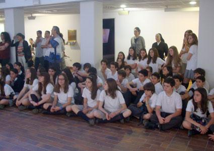 Grupos de alumnos asistentes al acto de entrega de los premios