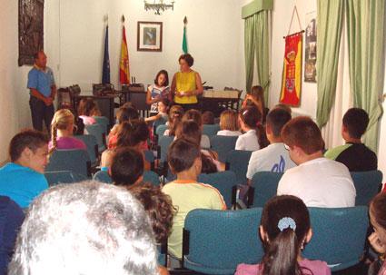 Mª Carmen Jiménez les animó a ser buenos lectores
