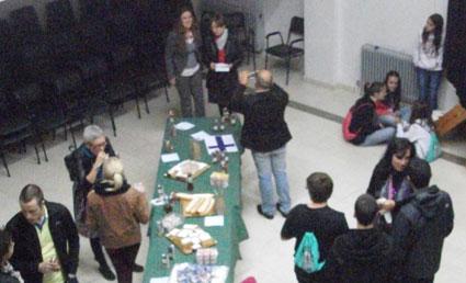Desayuno de bienvenida en Ayuntamiento a alumnos Silinjarvi - Caniles