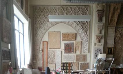 Taller de ornamentación islámica en la Escuela de Arte de Granada