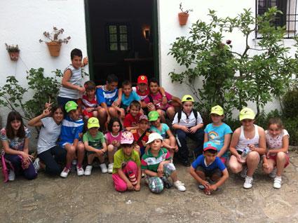 Grupo de alumnos del CPR El Temple en una de las salidas