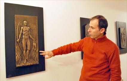 El artista explica los detalles de su obra 'El cazador' de la serie la 'La Edad del Bronce'