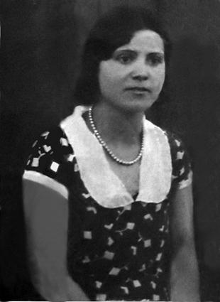 Doña Ángeles Arenas llegó muy joven a Cuevas del Campo